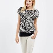 Be a Fashion Star! Trendiges Shirt mit überschnittener Schulter