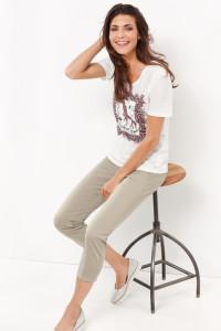 Safari-Feeling: modisches 1/2 Arm Shirt mit platziertem Frontdruck.
