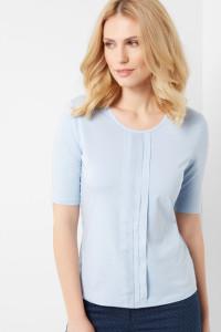 Das effektvolle Detail macht das Outfit zu etwas Besonderem: 1/2 Arm Shirt mit Chiffonfalten.