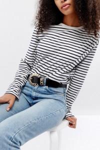 ASOS - Lack-Jeansgürtel mit Kettendetail und Schnalle - Schwarz - Farbe:Schwarz
