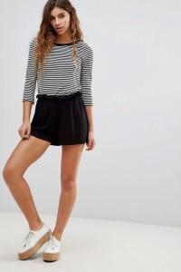 ASOS - Hosenrock-Shorts mit Paperbag-Taille - Schwarz - Farbe:Schwarz