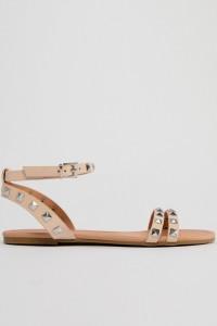 ASOS - FIBBING - Flache Sandalen mit Nietenverzierung - Beige - Farbe:Beige