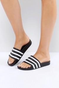 adidas Originals - Adilette - Schwarze Sandalen - Schwarz - Farbe:Schwarz