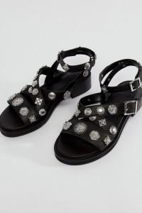 ASOS - FINISH - Flache Ledersandalen im Western-Stil - Schwarz - Farbe:Schwarz