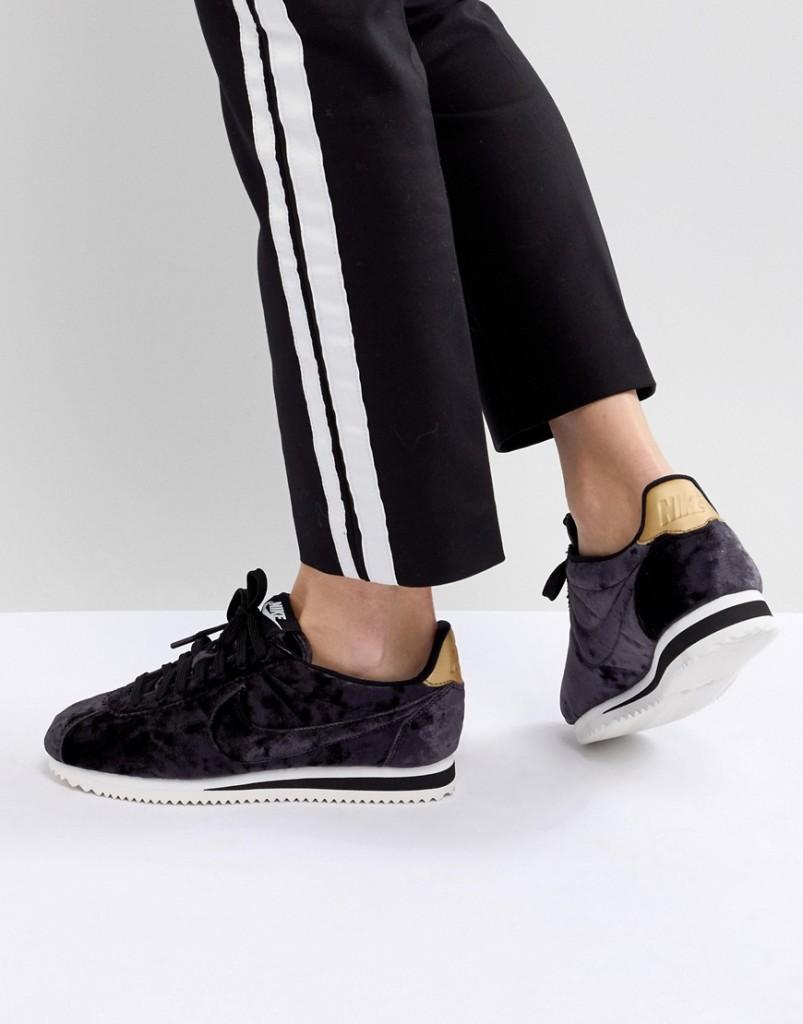 info for special section closer at Nike - Cortez - Sneaker aus Samt in Schwarz - Schwarz - Der  Lifestyle-Mutter Blog