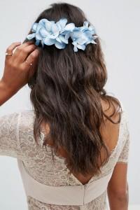 ASOS - Haarspange mit Blumenverzierung - Blau - Farbe:Blau
