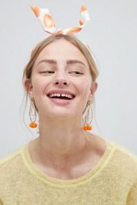 ASOS - Haarband mit Knotendesign und sommerlichem Obstmuster - Mehrfarbig - Farbe:Mehrfarbig