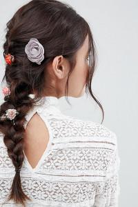 ASOS - 4er-Set Haarclips mit unterschiedlichen Blumen-Designs - Mehrfarbig - Farbe:Mehrfarbig