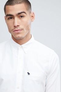 Abercrombie & Fitch - Schmal geschnittenes Oxford-Hemd in Weiß mit Button-Down-Kragen - Weiß - Farbe:Weiß