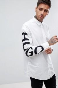 HUGO -Weißes Hemd mit explodierendem Logo auf dem Ärmel - Weiß - Farbe:Weiß
