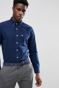 Abercrombie & Fitch - Schmales Oxford-Hemd in Marineblau mit Button-Down-Kragen - Navy - Farbe:Navy
