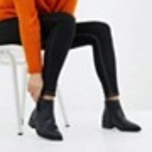 New Look – Breite Ankle-Boots mit flacher Sohle – Schwarz