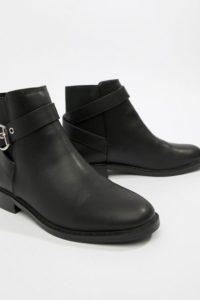 ASOS DESIGN - Abena - Ankle-Boots mit Schnalle - Schwarz - Farbe:Schwarz