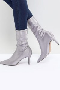 ASOS - ELVA - Stiefel mit Absatz - Grau - Farbe:Grau