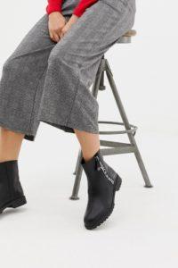 Versace Jeans - Ankle-Boots mit Logo - Schwarz - Farbe:Schwarz