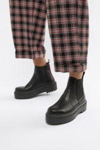 ASOS DESIGN - Agnes - Derbe Chelsea-Boots - Schwarz - Farbe:Schwarz