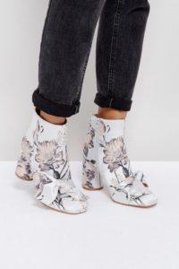 ASOS - EARLY SKY - Stiefel mit Schleife - Mehrfarbig - Farbe:Mehrfarbig