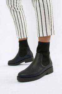ASOS - ELLINA - Ankle-Boots aus Wildleder - Schwarz - Farbe:Schwarz