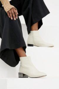 ASOS DESIGN - Alpha - Ankle-Boots aus Leder - Cremeweiß - Farbe:Cremeweiß