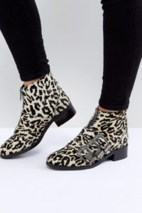 ASOS - ALL FOR IT - Ankle-Boots aus Leder mit Schnallendesign - Mehrfarbig - Farbe:Mehrfarbig