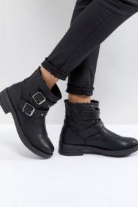 ASOS - ACCENT - Biker-Ankle-Boots mit Nietenverzierung - Schwarz - Farbe:Schwarz