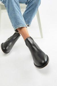 Accessorize - Flache Chelsea-Stiefel aus Leder - Schwarz - Farbe:Schwarz