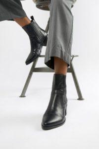 Vagabond - Marja - Spitze Ankle-Boots aus schwarzem Leder im Westernstil - Schwarz - Farbe:Schwarz