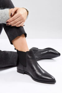 ASOS - AUTOMATIC - Weite Chelsea-Stiefel aus Leder - Schwarz - Farbe:Schwarz