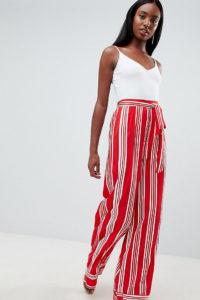 Missguided Tall - Gestreifte Hose mit weitem Bein - Rot - Farbe:Rot