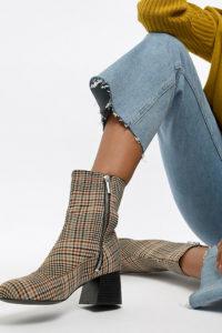 ASOS - ABSOLUTE - Chelsea-Stiefeletten aus Leder - Schwarz - Farbe:Schwarz
