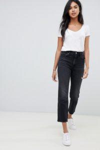 Abercrombie & Fitch - Kurz geschnittene Jeans mit hohem Bund und geradem Bein - Schwarz - Farbe:Schwarz