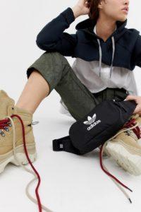 adidas Originals - Schwarze Gürteltasche mit Dreiblattlogo - Schwarz - Farbe:Schwarz