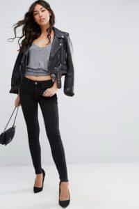 ASOS - Lisbon - Skinny-Jeans in verwaschenem Schwarz mit mittelhohem Bund - Schwarz - Farbe:Schwarz