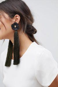 ASOS - Auffällige Quasten-Ohrringe mit Blumendetail