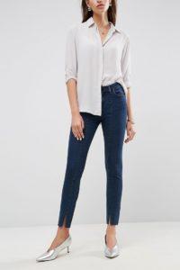 ASOS - LISBON - Enge Jeans mit mittelhohem Bund und Schlitzen in dunkler Amelie-Waschung - Blau - Farbe:Blau