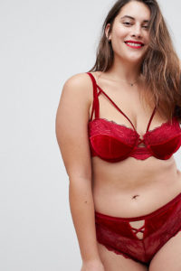 ASOS CURVE - Crystal - Geformter Bügel-BH aus rotem Samt - Rot - Farbe:Rot