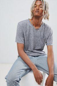 Weekday - Sonic - Grau meliertes T-Shirt mit Tasche - Grau - Farbe:Grau