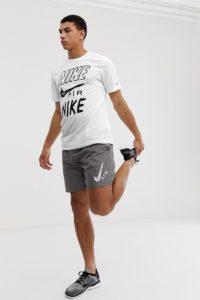 Nike Running - Air - Weißes T-Shirt mit Logo - Weiß - Farbe:Weiß