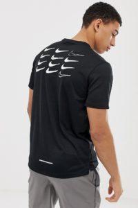 Nike Running - Dry Miler - Schwarzes T-Shirt mit Print hinten - Schwarz - Farbe:Schwarz