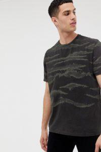 AllSaints - Oversize-T-Shirt mit gebürstetem Military-Muster - Weiß - Farbe:Weiß