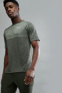 Nike Running - Medalist - Gestricktes T-Shirt in Khaki