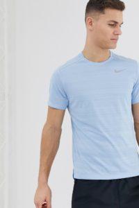 Nike Running - Miler - T-Shirt in Himmelblau - Blau - Farbe:Blau