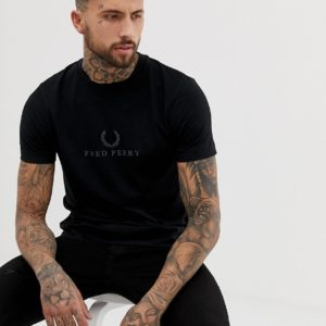 Fred Perry – Sports Authentic – Schwarzes T-Shirt mit Stickerei – Schwarz
