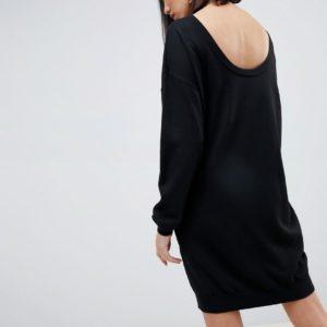 ASOS DESIGN - Pulloverkleid aus Bio-Garn mit U-Ausschnitt hinten - Schwarz - Farbe:Schwarz