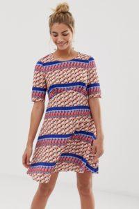 Yumi - Kleid im Empire-Stil mit geometrischen Streifen - Mehrfarbig - Farbe:Mehrfarbig