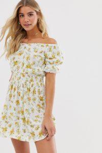 Miss Selfridge - Bardot-Minikleid mit gekräuselter Taille und floralem Print - Cremeweiß - Farbe:Cremeweiß