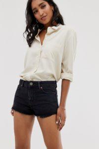 ASOS DESIGN - Alvey - Schwarze Shorts aus recyceltem Denim mit mittelhohem Bund - Schwarz - Farbe:Schwarz