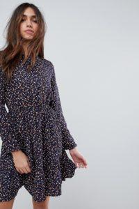 Yumi - Langärmliges Kleid mit Blümchenmuster - Navy - Farbe:Navy