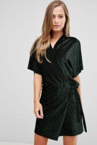 Flounce London - Gestreiftes Minikleid aus Samt mit Wickelfront im Kimono-Stil - Schwarz - Farbe:Schwarz