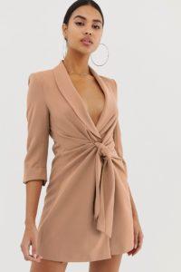 4th & Reckless - Mokkabraunes Blazer-Kleid mit Bindedetail vorne - Braun - Farbe:Braun